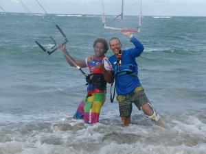 kelvin-corniel-kite-lesson-cabarete-kite-lessons-kiteboarding-lessons-kite-beach-kitesurfing-trip-vacation-kite-watersports